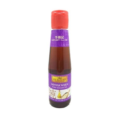 Made From The Finest Roasted Sesame Seeds, This Sesame Oil Is Carefully Processed To Retain Strong Sesame Flavor And Aroma. To Accent The Overall Taste, Add A Few Drops To Any Dish Just Before Serving Or When Marinating A Meal.