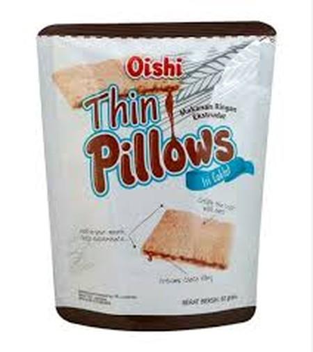 Oishi Thin Pillows 60 gram. Makanan ringan ekstrudat yang dibuat dari bahan-bahan pilihan sehingga menghasilkan makanan ringan yang lezat dan berkualitas. Tekstur dari Oishi Thin Pillows ini memiliki lapisan luar renyah dari oats yang berisikan krim cokel