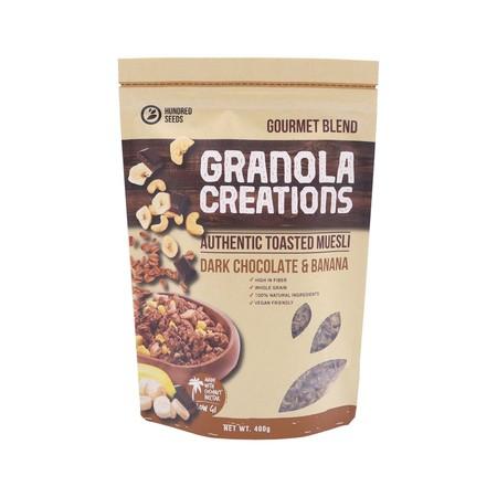 Granola adalah makanan kesehatan yang terbuat dari campuran sereal (gandum, barley), kacang-kacangan, madu atau gula & buah-buahan kering yang dipanggang selama beberapa jam sehingga menjadikannya lezat & renyah.