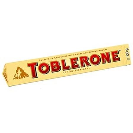 Toblerone Milk 100Gr Pcs Toblerone Milk 100Gr PcsMerupakan Cokelat Toblerone Yang Terbuat Dari Beberapa Bahan Baku Terbaik Dari Seluruh Dunia. Bangkitkan Kembali Seleramu Dan Benamkan Diri Anda Dalam Pengalaman Rasa Unik Toblerone. Cocok Dinikmati Bers