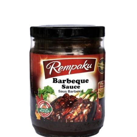Terbuat dari pasta tomat dan rempah-rempah pilihan, Sangat cocok untuk hidangan barbekiu. Cocok untuk mencelup dan memasak. Bahan baku : mentega, bawang putih, bawang merah, jahe, nanas, merica, saus tomat, saus inggris, madu, gula merah, jeruk, garam, ce