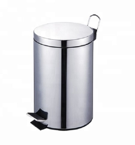 Stainless steel dustbin with mirror design. Size: 12Liter. Material: stainless steel mirror finish. Color: Chrome Suitable to complete the design of a modern room. Suitable to complete the design of a modern room.