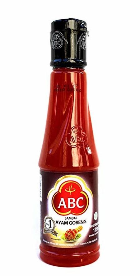 Abc Sambal Ayam Goreng Dikemas Dalam Bentuk Botol Berukuran 135 Ml . Merupakan Produk Dengan Bahan Dasar Cabai Pilihan Untuk Cita Rasa Yang Memuaskan.