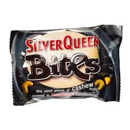 Silver Queen Bites Dark Cashew Nut 45Gr Silver Queen Bites Dark Cashew Nut 45GrAdalah Makanan Cokelat Yang Terbuat Dari Bahan Alami Yang Sehat Dapat Dinikmati Oleh Siapapun, Cocok Dinikmati Kapan Saja Dan Dimanapun Anda Berada. Cocok Dinikmati Saat Ber