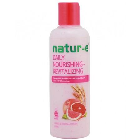 Natur E Daily Nourishing Relaxing 245ml merupakan produk Natur E yang diindikasikan untuk kulit sensitif karena mengandung lebih banyak pelembab. Mampu mengatasi kulit kering yang mudah teriritasi dan merah. Natur E Daily Nourishing  Calming mengandung B