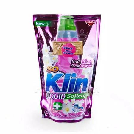 SoKlin Softergent mengkombinasikan keampuhan So Klin Detergent dengan kelembutan Softener. Softergent mampu membersihkan noda sekaligus melembutkan kain/pakaian. Soklin Softergent ampuh hilangkan noda hingga keserat kain, dengan extra butiran pelembut 2x