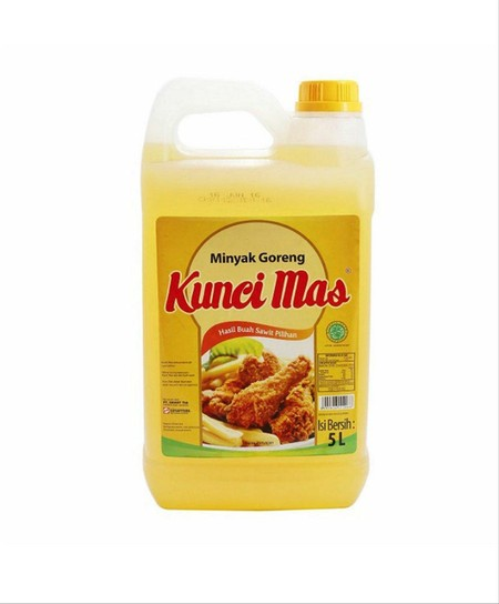 KUNCI MAS Minyak Goreng merupakan minyak goreng yang terbuat dari bahan kelapa sawit berkualitas dan diproses melalui sistem pemurnian terintegrasi penuh sehingga mampu membuat hasil masakan lebih bernutrisi, sehat dan gurih. Minyak goreng ini mengandung