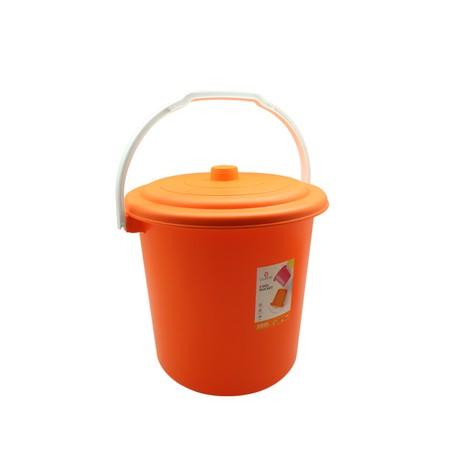 Ember Claris Berbahan Plastik PP dengan kapasitas 12 Liter