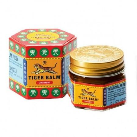 Tiger Balm Red Ointment 20 gram adalah balsem yang mengandung campuran unik dari ramuan herbal alami. Tiger Balm ini telah digunakan selama beberapa generasi. Kegunaan ; - Untuk Sakit Kepala. - Untuk pegal-pegal Nyeri otot dan Keseleo. - Meredakan Gatal d