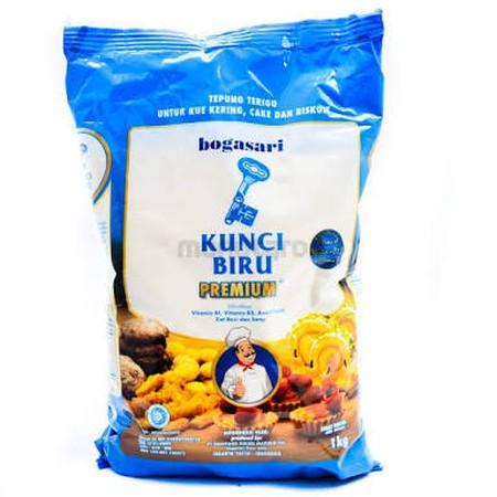 Bogasari Kunci Biru Premium Tepung Terigu , Tepung Terigu Menjadi Salah Satu Bahan Yang Banyak Digunakan Untuk Mengolah Aneka Makanan.  Kandungan Gizi Yang Tinggi Juga Pengolahan Yang Mudah Dan Praktis. Tepung Terigu Berasal Dari Bulir Gandum Yang Telah M