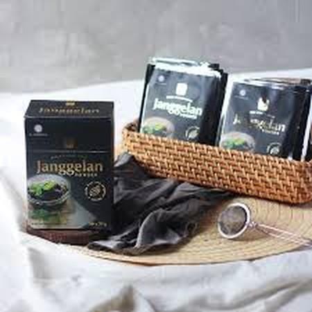 Janggelan/Agar-agar/Cincau hitam yang dibuat dari daun cincau berkualitas yang dikeringkan, di proses secara lami dan kaya akan manfaat, antara lain dapat digunakan untuk mencegah diabetes, mengurangi obesitas, baik untuk pencernaan. Dapat digunakan untuk