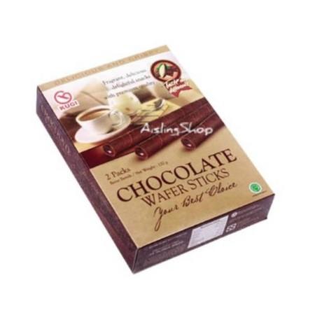 KUGI Wafer Stick adalah Snack berbentuk wafer stick yang renyah. Paduan antara wafer stick coklat dengan filling krim didalamnya menjadikan KUGI Wafer Stick sebagai pilihan tepat untuk camilan saat santai di rumah maupun sebagai oleh oleh bagi orang terka