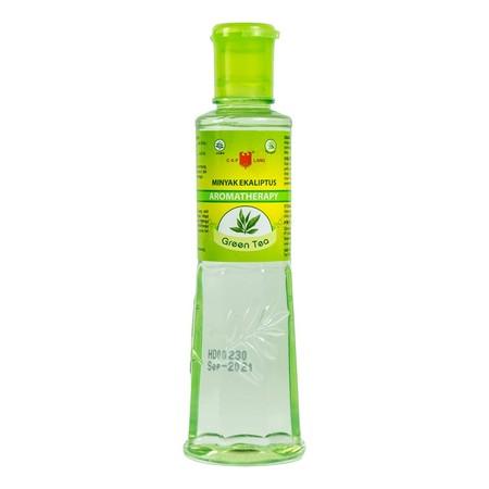 Minyak kayu putih berwarna hijau bening ini dapat digunakan untuk berbagai keperluan. Salah satunya bisa digunakan saat pijat atau urut, lalu untuk menghangatkan tubuh, dan bisa meredakan badan yang tidak enak. Minyak kayu putih ini juga bisa untuk mereda