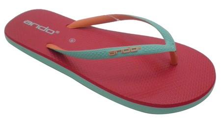 Slipper Ando adalah Alas kaki Wanita berbahan karet yang lentur dan nyaman untuk keperluan sehari hari dengan motif Berwarna, size 39-40