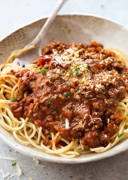 Pasta spagheti dengan home made bolognise sauce