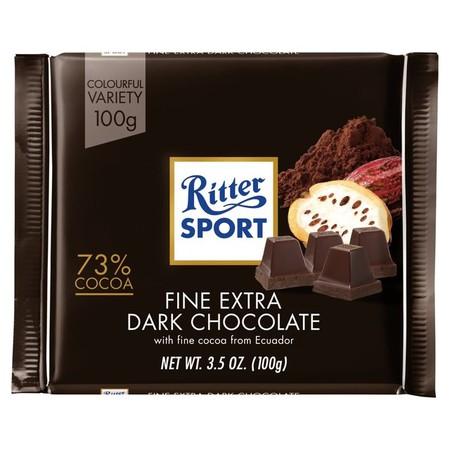 Makanan cokelat yang terbuat dari bahan alami yang sehat dapat dinikmati oleh siapapun, cocok dinikmati kapan saja dan dimanapun anda berada. Sangat praktis untuk dikonsumsi dan memiliki nilai gizi yang tinggi.