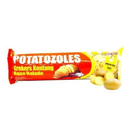 Krekers kentang rasa balado produksi khong guan dengan rasa yang nikmat