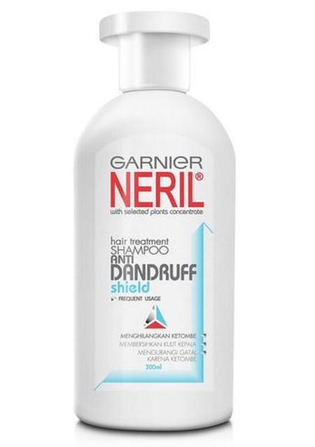 Neril AntiDandruff Shield mengurangi ketombekelumumur dan mengurangi gatalgatal akibat ketombe di kulit kepala Membantu melindungi kulit kepala agar ketombekelumumur tidak timbul.