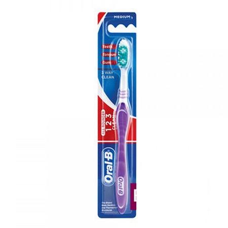 Sikat gigi ini didesain nyaman saat digunakan untuk membersihkan gigi sehingga akan menghasilkan nafas yang segar. Tersedia berbagai macam pilihan warna yang bisa disesuaikan menurut kesukaan Anda, sehingga membuat aktifitas menyikat gigi menjadi lebih me
