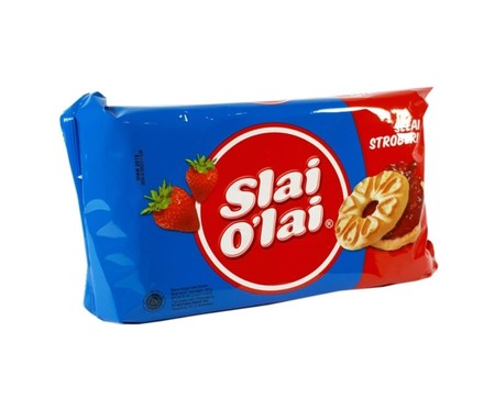 Slai O'Lai sandwhich biscuit offers variety of delicious real fruit jam. The ultimate taste sensation that expresses color of your life. Variant : Strawberry