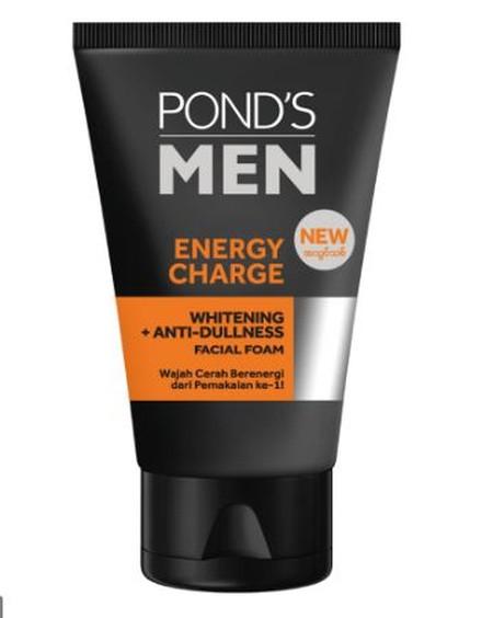 Facial Foam Untuk Wajah Cerah Berenergi Pertama* Untuk Pria Yang Memberikan Aksi Ganda: Wajah Tampak Lebih Cerah Dan Bebas Kusam!