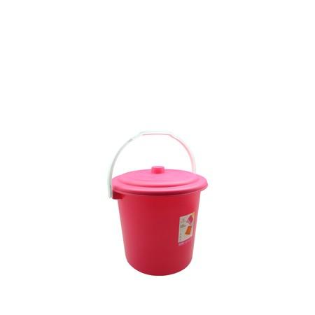 Ember Claris Berbahan Plastik PP dengan kapasitas 5 Liter