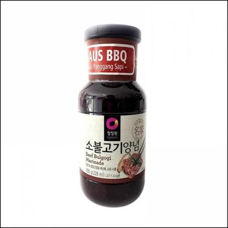 BBQ Sauce Ribs 280gr adalah bumbu perendam daging yang terbuat dari buah pir lokal Korea dan arak/arak beras yang membuat daging terasa empuk dan lembut. Saus ini cocok untuk penyedap daging panggang, membuat bulgogi dan hidangan lainnya