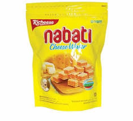 Nabati adalah Wafer renyah dan ringan dengan krim yang sangat terasa. Nabati merupakan pilihan makanan ringan yang lebih sehat karena mengandung vitamin (A, B1, B2, B6, B12) dan cocok untuk dinikmati kapan saja