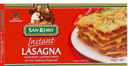 Longer, thinner sheets of pasta with frilled edges on both sides. Creates an attractive edge to your lasagna.