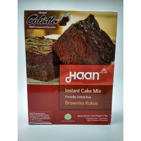 Tepung premix kue Brownies Kukus dengan tekstur yang lembut, moist, dan lezat rasanya. Mudah dan praktis, tidak perlu takut gagal. Haan Brownies Kukus cake mix sudah menyediakan colatta compound chocolate didalam kemasan yang dapat digunakan untuk filling