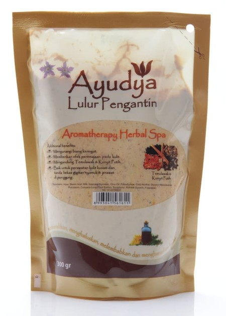 Ayudya Lulur Pengantin Aromatherapy Spa Awaken Your Senses With Jasmine Aromatherapy Spa, Relaxes The Mind And Inspires Sexy Self-Confidence. It Also Helps To Soothe And Calm So You Feel At Ease. The Skin Softening Scrub Combines Exfoliating Salt And A Sp