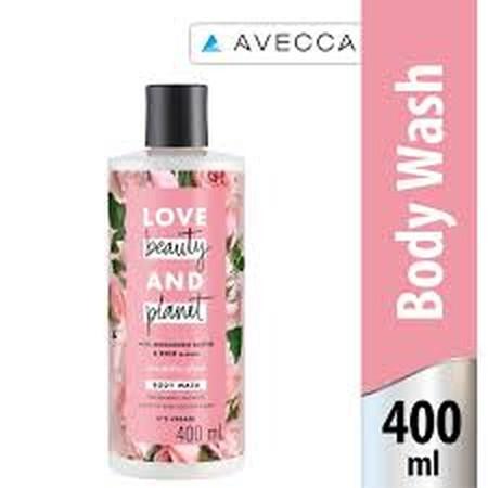 Berikan sentuhan alami yang untuk kulit sensitifmu. Dengan kandungan natural Coconut Water dan keharuman Mimosa Flower, body wash Petal Soft kami membersihkan dengan lembut dan membuat kulit terasa halus. Dikemas dalam 100% botol daur ulang, body wash ini