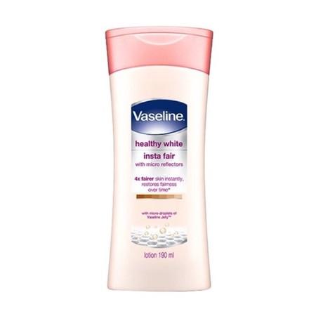 Vaseline Hand & Body Lotion Healthy White Insta Fair merupakan lotion tubuh yang dapat membuat kulit bertambah cerah