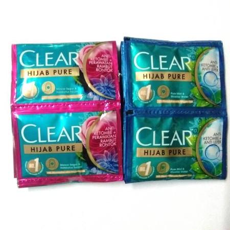 Rambut yang tertutup dan lembab lebih berisiko mengalami masalah ketombe dan rontok. Karenanya CLEAR hadirkan CLEAR Hijab Pure untuk kamu yang berhijab. Dengan Triple Anti-Dandruff Technology yang membantu mengatasi ketombe. Dan Fresh Rose Extract & Habba