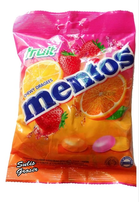 Enjoy The Long Lasting Freshness Of Mentos With Mint Flavour Candy