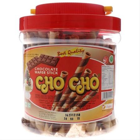 Cho Cho Wafer Stick Chocolate 500 gr (Toples Besar). Cho Cho Wafer Stick. Wafer stick dengan rasa cokelat yang lezat serta wafer yang gurih, sangat cocok sebagai teman kumpul bersama keluarga. Selain itu bisa juga untuk topping di eskrim dan juga hiasan k