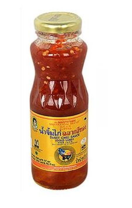 Mae Pranom Dipping For Chicken 200ml adalah saus yang biasa digunakan saat mengonsumsi ayam. Terbuat dari rempah-rempah yang memberikan rasa yang khas