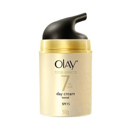 Olay Total Effects 7 in 1 Day Cream Normal - 20 gr: Krim yang diperuntukan untuk Anda yang memiliki tipe kulit yang normal ataupun tipe kulit kombinasi yang bermanfaat untuk melembabkan wajah Anda dengan sempurna. Selain melembabkan kulit Anda, krim ini d