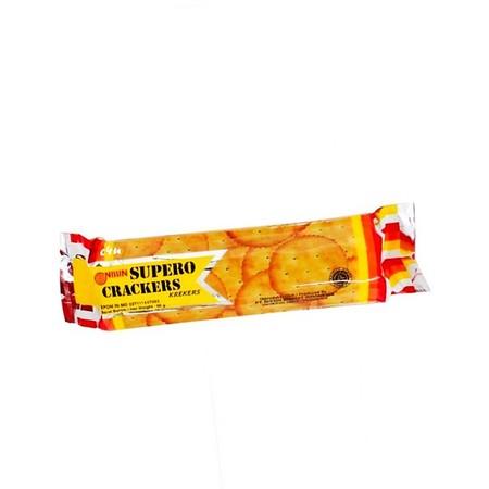"""Nissin Supero Crackers, biskuit crackers tipis yang renyah dan mempunyai rasa asin gurih. """"Biskuit Terbaik, Cocok Untuk Segala Usia"""" Komposisi : tepung terigu, minyak nabati, Gula, Pati Tapioka, pengembang, garam, sirup glukosa, ekstrat malt, penguat rasa"""