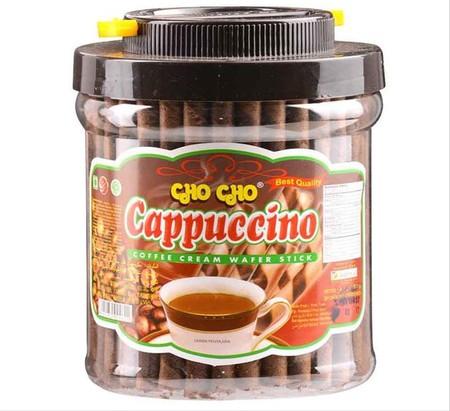 Cho Cho Wafer Stick Wafer stick dengan rasa cappuccino yang lezat serta wafer yang gurih, sangat cocok sebagai teman kumpul bersama keluarga