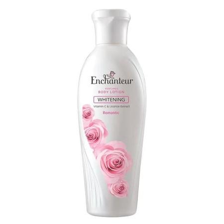 Manjakan Kulitmu Dengan Sentuhan Lembut Enchanteur Whitening Perfumed Body Lotion Romantic. Aroma Bulgarian Roses Dan White Jasmine Yang Feminin Menjadikan Kulit Halus Dan Lembut. Kandungan Vitamin C Dan Licorice Extract Mampu Mencerahkan, Melembapkan, Se