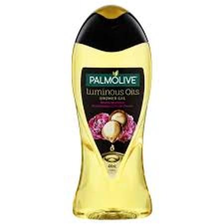 Manjakan diri anda dengan aroma shower gel mewah yang menenangkan dari paduan keindahan alam. Formula unik paduan Oil Rejunevating memberikan sensasi mandi yang menenangkan sekaligus menyenangkan. Shower gel mewah untuk Anda yang menginginkan pengalaman m