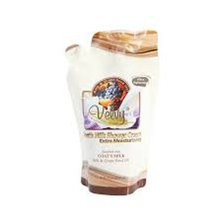 Velvy Goats Silk & Grape Seed Oil merupakan shower cream dengan extra moisturizing yang dapat membersihkan kulit tubuh dengan manfaat Silk yang menghambat pigmentasi sehingga kulit cerah serta grape seed oil yang menstimulasi regenerasi sel sehingga kuli