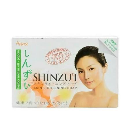 Shinzu'I Lightening Soap Hana 90Gr Shinzu'I Lightening Soap Hana 90GrMerupakan Impian Sebagian Besar Wanita Indonesia. Dimana Kecantikan Dari Dalam Akan Terpancarkan Dengan Maksimal Bila Anda Mempunyai Kulit Putih Dan Cerah. Oleh Karena Itu, Anda Membu