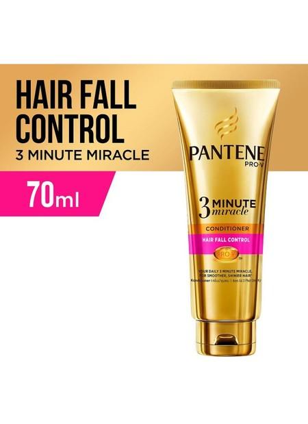 Memperbaiki kerusakan rambut dan melindungi rambutmu dari polusi dan debu sehari-hari. Menguatkan rambut agar tidak mudah patah dan mengurangi rontok sampai 98%*.   Membantu memperbaiki 3 bulan kerusakan rambut hanya dalam 3 menit**  Kekuatan yang berta