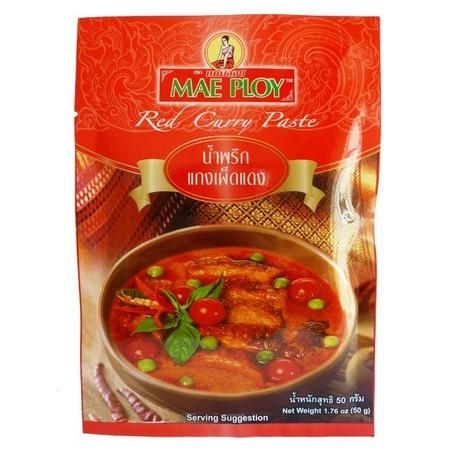 Bumbu instan kari merah Thailand adalah bumbu masak untuk membuat sop kari merah khas Thailand, cocok untuk segala jenis daging. Merek: Mae Ploy Negara Asal: Thailand Berat Bersih: 50 gram Komposisi: Cabe, daun lemon, garam, galangal, udang tumbuk, jinten