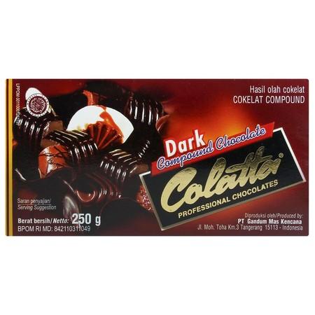 Cokelat Masak Jenis Compound Yang Sangat Cocok Untuk Hiasan Kue, Dicetak, Diserut, Serta Dibuat Sebagai Bahan Isian / Filling Dan Bahkan Bisa Langsung Dimakan.