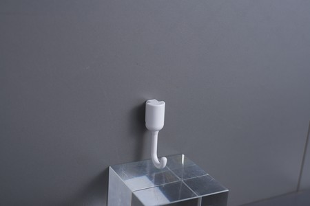 Bathroom and kitchen accessories set. Small hook in set (6 pcs/pac) ABS + PP Material. Buy the main board and other accesories to install and complete the series.