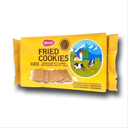 Monde Fried Cookies, kukis mentega goreng yang renyah. Rasa butternya yang lembut berpadu dengan manisnya yang juga pas. Dengan berbagai perpaduan tersebut, biskuit ini akan menjadi pilihan yang disukai seluruh anggota keluarga.