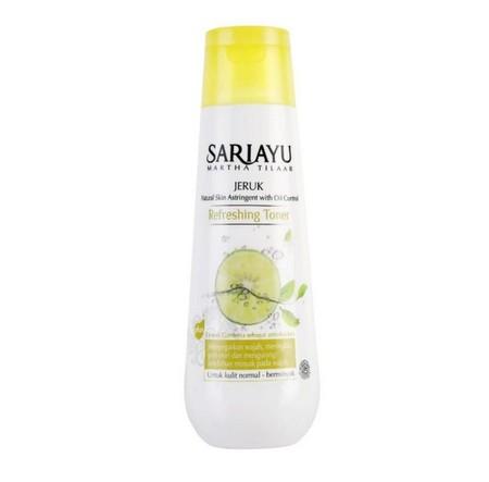 Sariayu Penyegar , refreshing aromatic yang mengandung Peppermint Oil dan Rose Oil yang dapat menyegarkan dan menjaga kelembapan kulit serta menringkas pori-pori ini ideal untuk kulit normal.